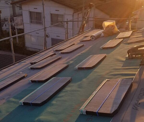神奈川県横浜市 K様邸 屋根葺き直し工事 板金工事 改質アスファルトルーフィング モラサン (3)